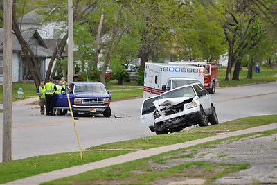 04-15-2015 accident on 10th street
