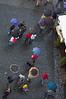 Turistas bajo la lluvia