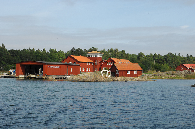 Asko Laboratory, Trosa archipelago, Sweden. Photo by the Stockholm International Water Institute under the Creative Commons license.