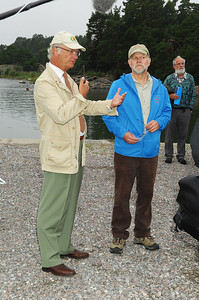 King Carl XVI Gustaf and Steve Carpenter during the Asko Laboratory field trip. Photo by the Stockholm International Water Institute under the Creative Commons license.