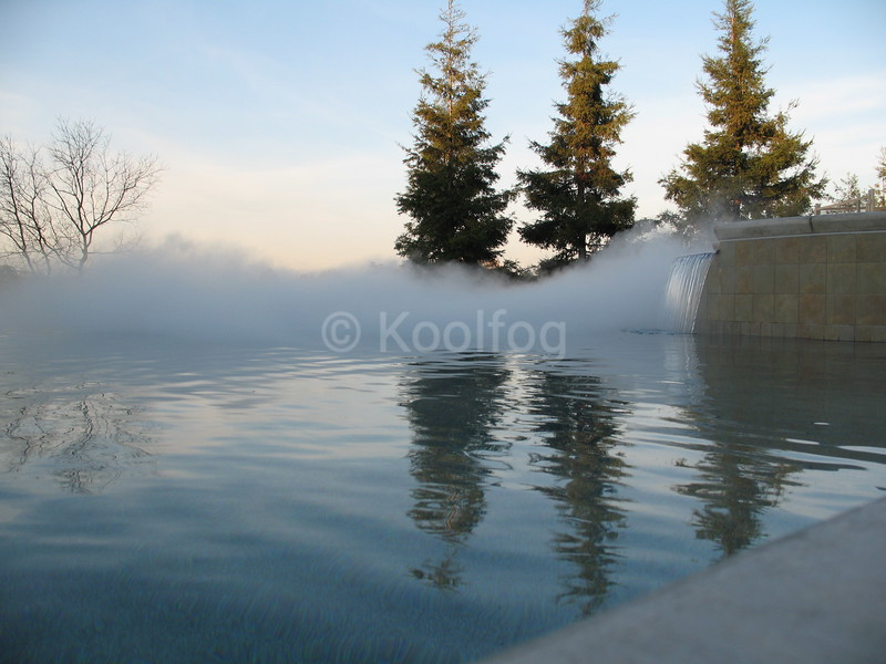 Fog Rolls from Vanishing Edge