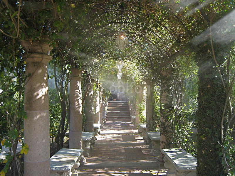 Trellis Entryway Cooled by Mist