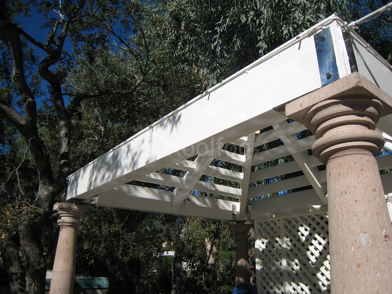 Misting Line Concealed on Shade Structure