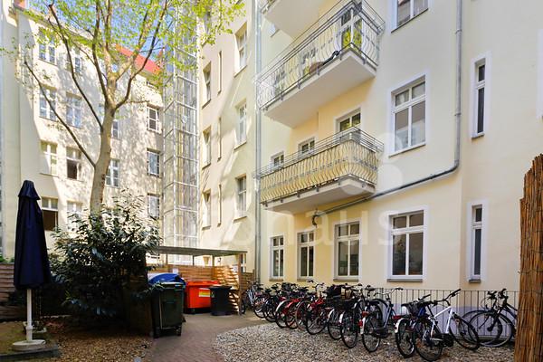 Wisbyer Strasse, Meyerheimstrasse