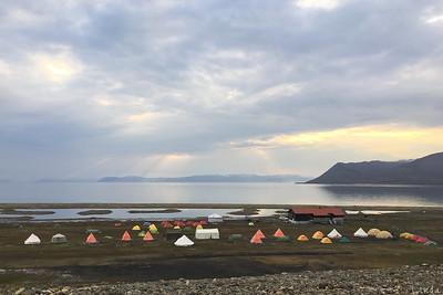 Midnattssol över Longyearbyen camping