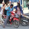 Thailändsk variant på transport av TV
