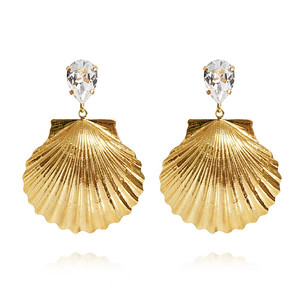 Shell Earrings / Crystal Gold