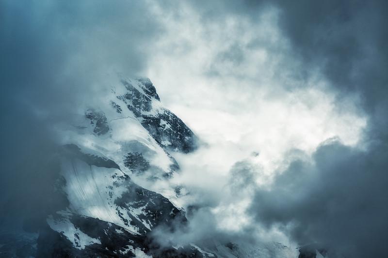 Veil of Cloud