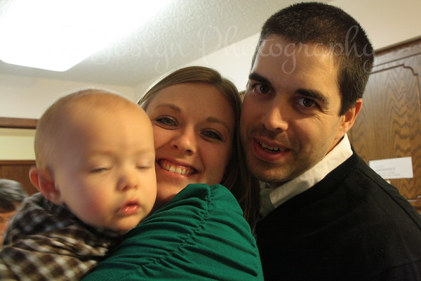 Family photo, open your eyes!  Nope, not when cameras are around.   Thanksgiving Day, 11-2012.