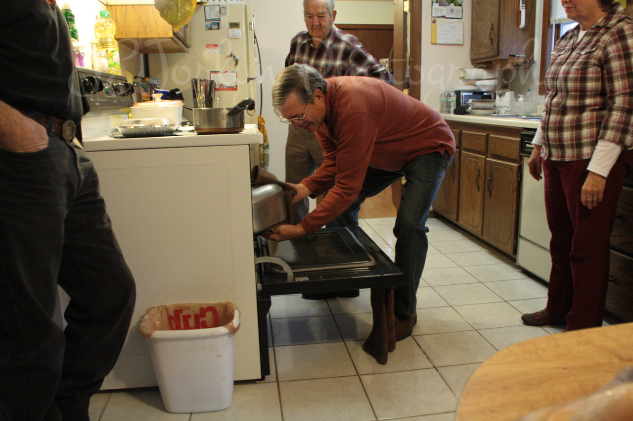 Getting ready for the Thanksgiving Day meal.   Thanksgiving Day, 11-2012.