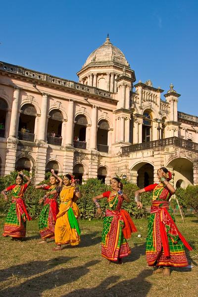 Dancers at Ahsan Manjil, Dhaka, Bangladesh