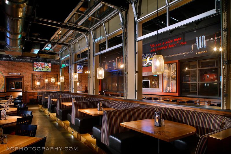 BJs Restaurant & Brewhouse, Melbourne, FL, 8/22/15.