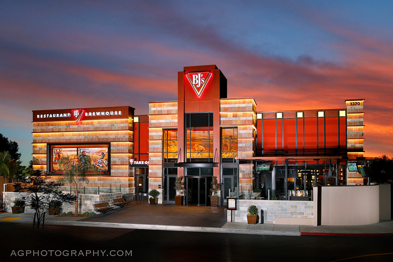 BJ's Restaurants, Mission Valley CA, 12/6/13