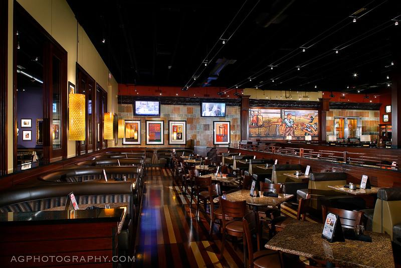 BJs Restaurant, San Jose, CA, 10/31/13.