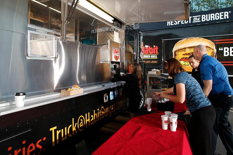 THB-FoodTrucks-Cashier-009