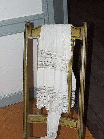 Apron on Chair (C1, Olympus 4/3 14-54, FL-14 Flash)