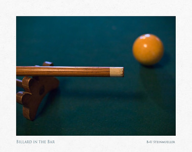 Billard in the Bar