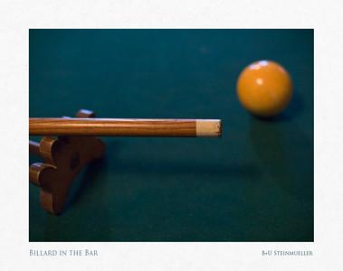 Billard in the Bar