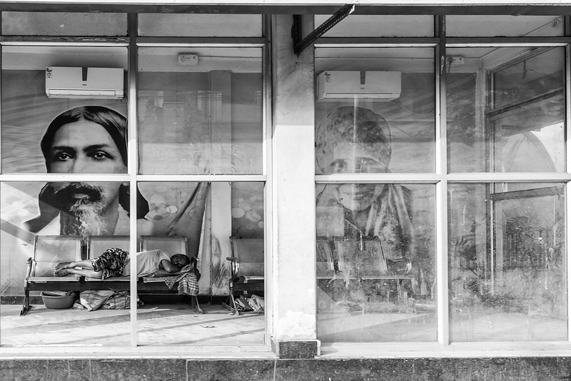Lee Bickford Street Photography Award - Nap Time - Susi Nodding