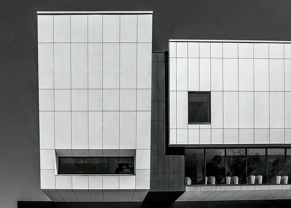 Facade at Bob Hawke College - Susan Moss