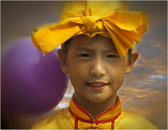 <b>Chinese Girl</b> - Bob Symons Fourth Place Members' Choice