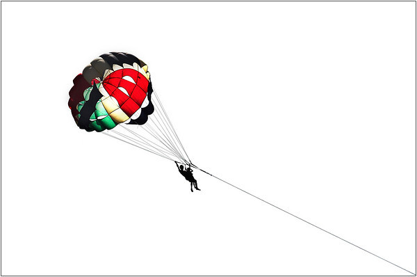 Parasailing - Kim McAvoy<br /> Fifth place members' choice