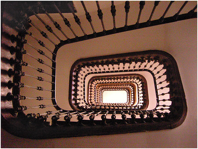 Twisty Staircase - Lee Bickford Set - Third place members' choice and second place judge's choice