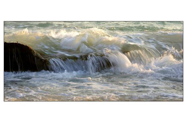 Wave - Phil Burrows<br /> Judges's merit - Set.