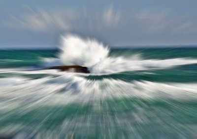 Waveburst - Ian Barnes Second place members' choice - Set.