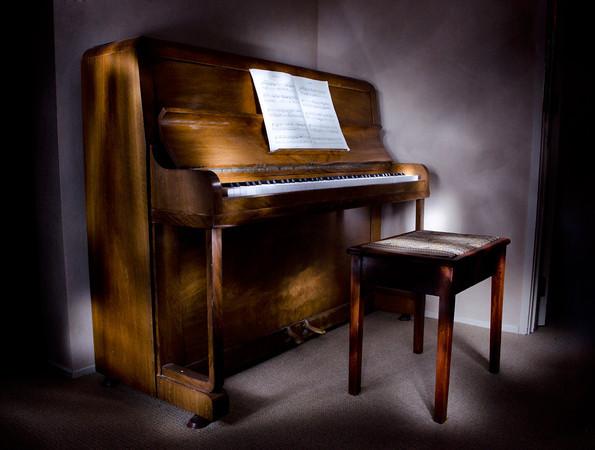 The Piano - Kim McAvoy<br /> Third Judges choice.<br /> Set