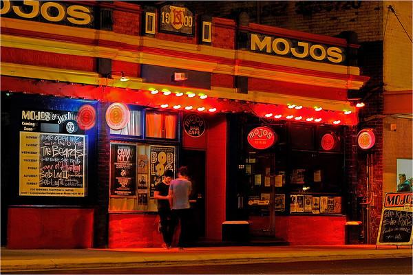 Mojo's - Phil Burrows
