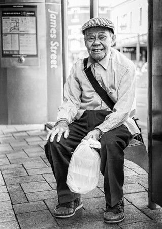 Waiting for the Bus - Ray Ross<br /> Second Place Judge's Choice and Second Place Members' Choice - Set Subject