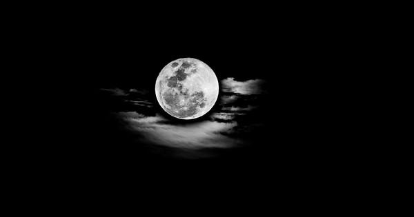 Moon Cloud - Peter Chalmers