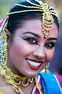 Indian Beauty - Ray Ross