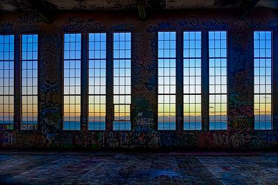 Graffiti Sunset - Ray Ross