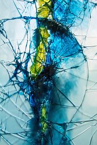 Broken Glass - Dita Hagedoorn