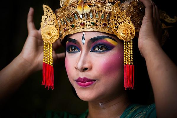 Balinese Dancer - Dick Beilby
