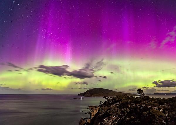 Aurora At Goat's Bluff - Galina Romali