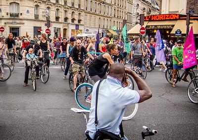 Qui We Protest - Richard Kujda