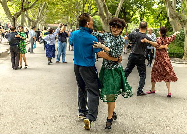 Lee_Award_Dancing in the Street_Susan Moss