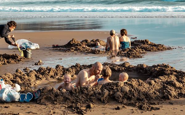 Breakfast at Hotwater Beach - Vicki White
