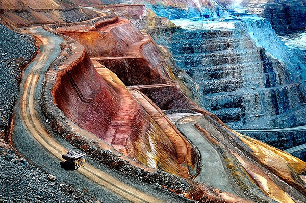 Trucking in the big pit - Grace Munday