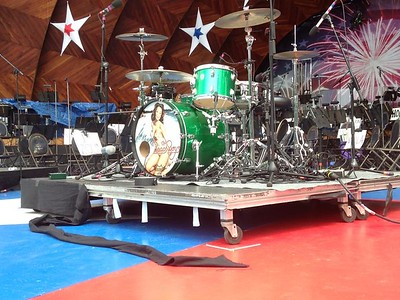 Worked for the The Boston Pops with guests stars The Beach Boys as recording A2 for the National CBS television broadcast of the July 4th fireworks celebration concert in 2014.
