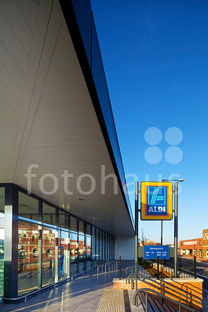 Aldi supermarket Fishponds