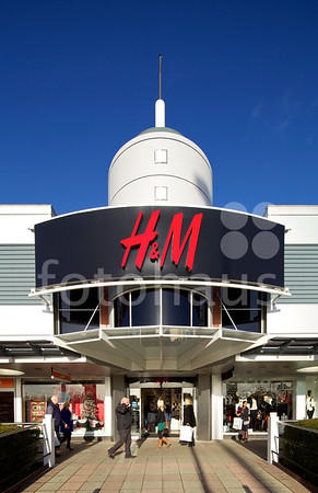 H&M, The Fort