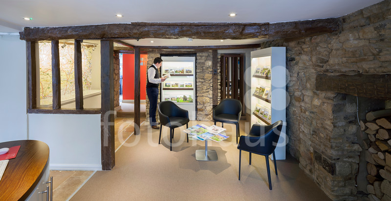 Knight Frank Stow on the Wold Office