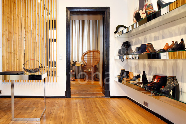 Le Coup Shoe Shop