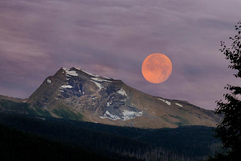 Moon over Heaven's Peak