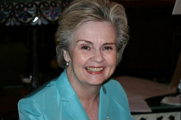 Claudia (73)