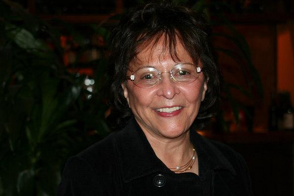 Claudia (76)